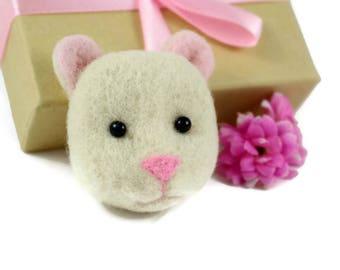 Hamster Brooch, Needle Felted Hamster, Hamster Jewellery, Hamster Accessories, Hamster Lover Gift, Hamster Gifts, Pet Hamster, Pet Jewellery