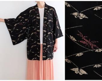 Gorgeous Japanese Kimono - Silk - Vintage - Excellent Condition - Traditional Japanese Wear - Short Kimono Robe - Black Kimono - Haori