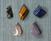 Vintage tumbled stone pendants 5pc 1970s snowflake obsidian tigers eye banded amethyst rose quartz sodalite () crystals minerals