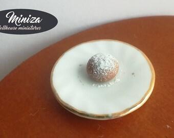 Miniature doughnut, 1:12 scale