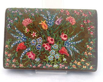 Pretty 1930s Waldy bag purse with hand painted floral decoration