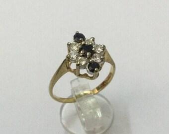 9ct Gold, Zircon & Sapphire Ring - Hallmarked - Size 7 (UK O)