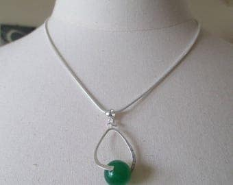 Sterling Silver Pendant Necklace and green jade