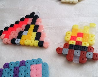 Camping - magnet set 1 / hama beads / camping lover / kitchen decor / outdoorsy / tent / campfire / birthday gift / outdoors theme / camping