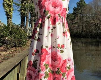 Size 10, New Vintage Sleeveless High Empire Waisted Girls Dress, Large Roses, Beautiful, 1966, 1960's