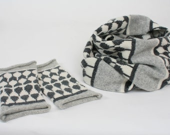 Cashmere cowl & mitts gift set - knitted wristwarmers with cashmere cowl - fairisle pattern - Luxury grey fingerless mitts and cowl