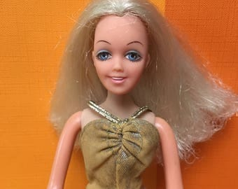 Vintage Disco Girl Doll Britt Hasbro 1972 Matchbox Teenage Doll Barbie Sindy