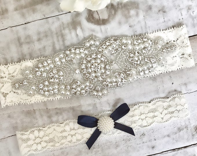 Ivory bridal garter Set NO SLIP grip vintage rhinestones, pearl garter set