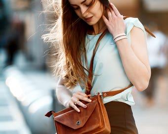 Women's corner-style bag / Crossbody bag, Womens crossbody bag, Womens purse, Leather purse, Leather bag, Leather shoulder bag, Womens bag