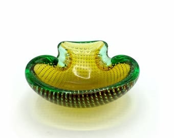 Murano Glass Bowl, Scallop/Coquille Dish or Ashtray Green to Yellow by Ferro Seguso of Controlled Bubbles aka Bullicante in Sommerso, '60s