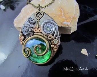 "Steampunk ""Green Eye"" necklace"