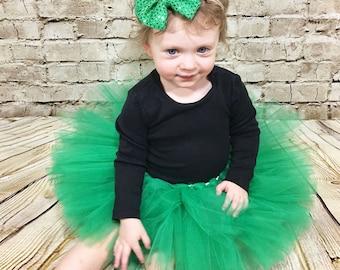 Green Sequin Headband- Green Bow; Green Headband; Sequin Headband; Sequin Bow; St. Patrick's Day Headband; Christmas Headband; Baby Headband