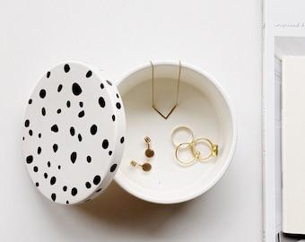 Medium round trinket box, jewelry box, birthday gift, gifts for her, homewear