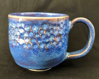 Deep Blue Coffee Mug with Flowing Glaze over Texture Design