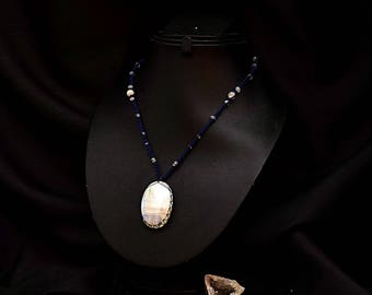Oval Moonstone necklace Kiabate