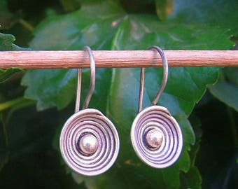 Silver earrings. Hill tribe silver earrings. Ethnic earrings. Silver earrings. Silver jewelry. Ethnic earrings. Ethnic jewelry.