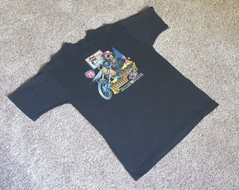 Vintage 1990s Hooters Bar Motorcycle T Shirt