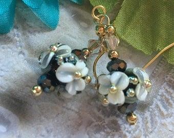 Flower Lampwork Earrings, Black & White Floral Earrings, Lampwork Jewelry, SRA Lampwork Earrings, SRA Lampwork Jewelry, Gift For Her