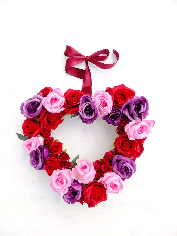 Anniversary gift flower heart wreath red pink purple rose wedding ...