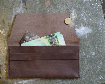 The Classic - Hand Stitched Leather Wallet