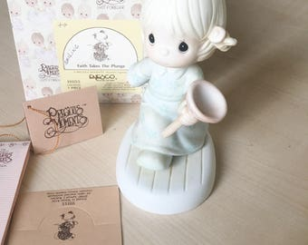 Vintage Precious Moments Faith Takes A Plunge Figurine 111155 SMILING