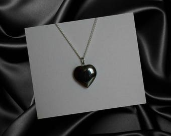 Black Heart Necklace,Black Crystal Heart Necklace,Heart Necklace,Black Heart Pendant,Hematite Heart Necklace,Black Heart Jewelry