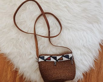Small woven straw bag | small Southwestern beaded bag | small woven straw bag | woven straw purse | sisal bag | sisal purse | small bead bag