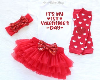 Baby's First Valentine's Outfit Baby Girl Outfit Set Valentines Day Outfit Baby Girl Valentine's Tutu Set 1st Valentine's Day, Heart Legging
