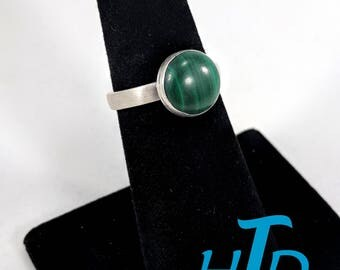 Round 10mm Malachite and Sterling Silver Ring - Size 6