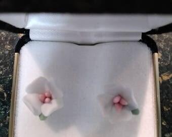 China Dogwood Earrings w/ Velvet Box