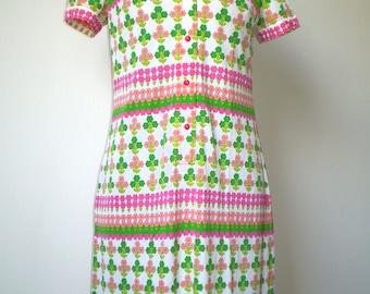 60s dress; polyester dress; original flower print dress from the 60s.