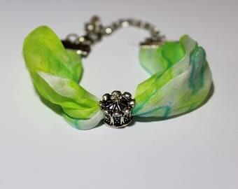 Silk bracelet with charm handmade/green/100%silk hand dyed with the arashi shibori technique/7.8x0.7in