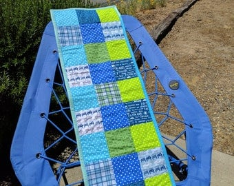 Small Jeep Table Runner