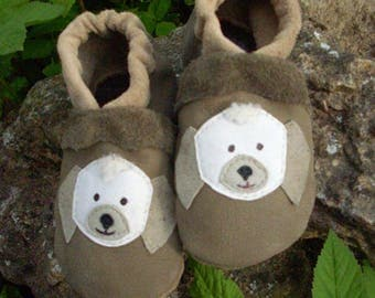 Slippers, baby shoes size. 23 motif dog