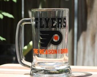 Philadelphia Flyers 16 fl oz Beer Mug - Customize