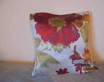 Pillow cover big red flower in Burgundy, ochre, purple, green and ecru.