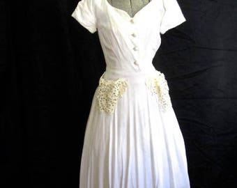 S 40s 50s White Dress Cotton Linen Lace Rhinestone Pockets Button Front by Symphony Original Small