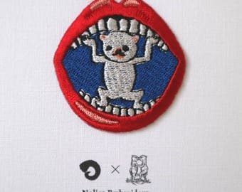 "Artist Collaboration with Takanori Ishizuka, edition 200, patch, embroidery, seal, ""Unchu〈white〉"""