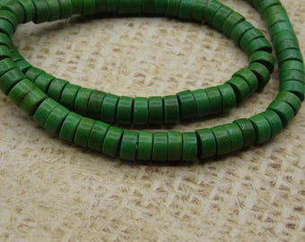 25 beads 6mm Green howlite bead
