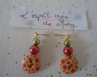 fruity button earrings: mini strawberries