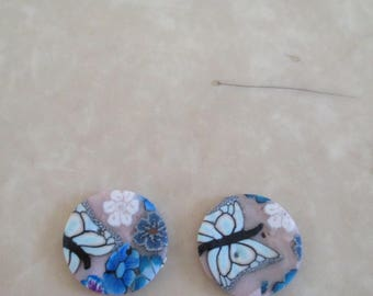 set of 2 buttons in resin round shape and blue print