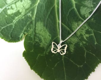 Sterling Silver 925 Small Butterfly Pendant Necklace ** Choice of Chain Lengths **