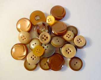 26 golden brown buttons - used - couture - scrapbooking