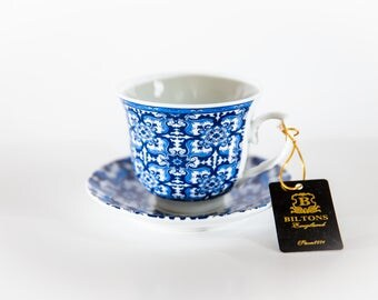 Blue and White Tea/Coffee Cups and Saucers - Set of 6
