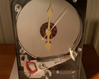 Hdd table clock