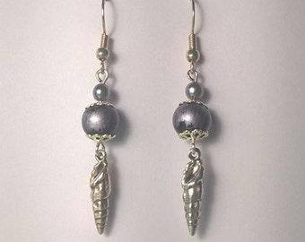Sea and moon earring