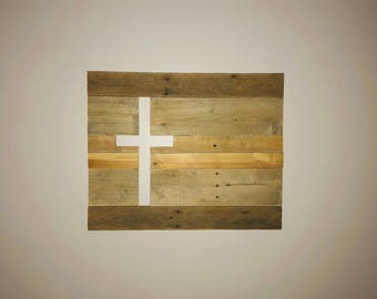 Pallet Cross Wall Art