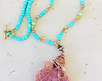 Florida Sea Shell Necklace- Beaded SHell Necklace- Florida Sea Shells- Mermaid Bling- Mermaid Jewelry- Festival Jewelry- Handmade Jewelry
