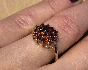 Victorian Antique 18ct Solid Gold and Ruby Ring