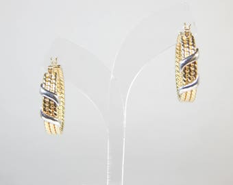 Classy 14K Two Tone Gold Earring  5.7G(WEIGHT)
